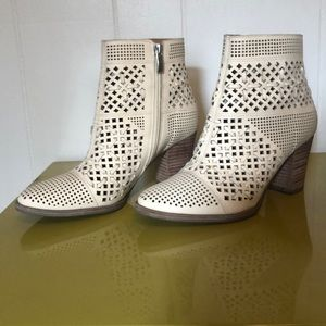 Franco Sarto cream cutout booties size 6.5
